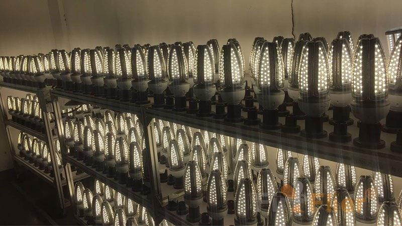 IP65 LED Corn Bulb aging test