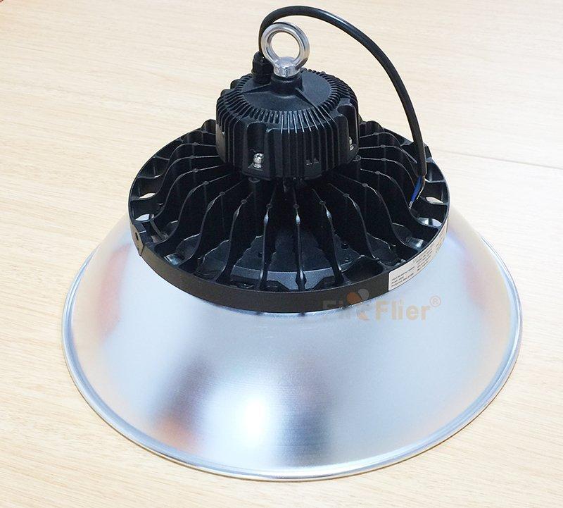 Apparecchio LED High bay con copertura in alluminio