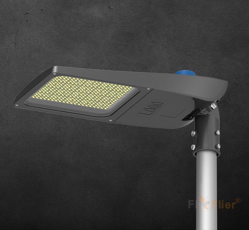 Apparecchio di illuminazione stradale a LED 120W