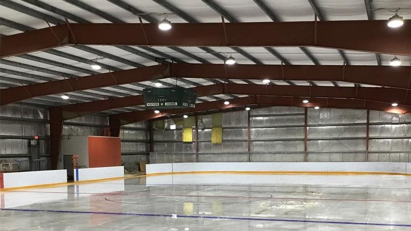 Luz LED de gran altura de 100W para campo deportivo