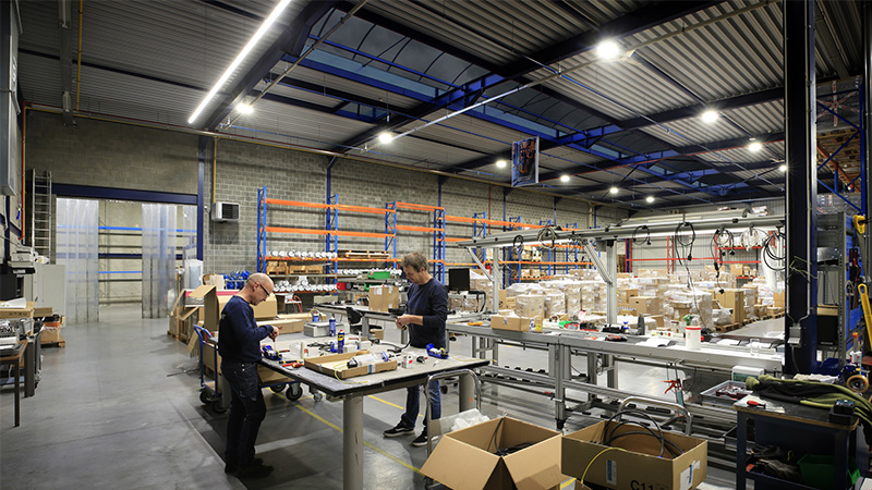 Luz LED de gran altura para servicio industrial