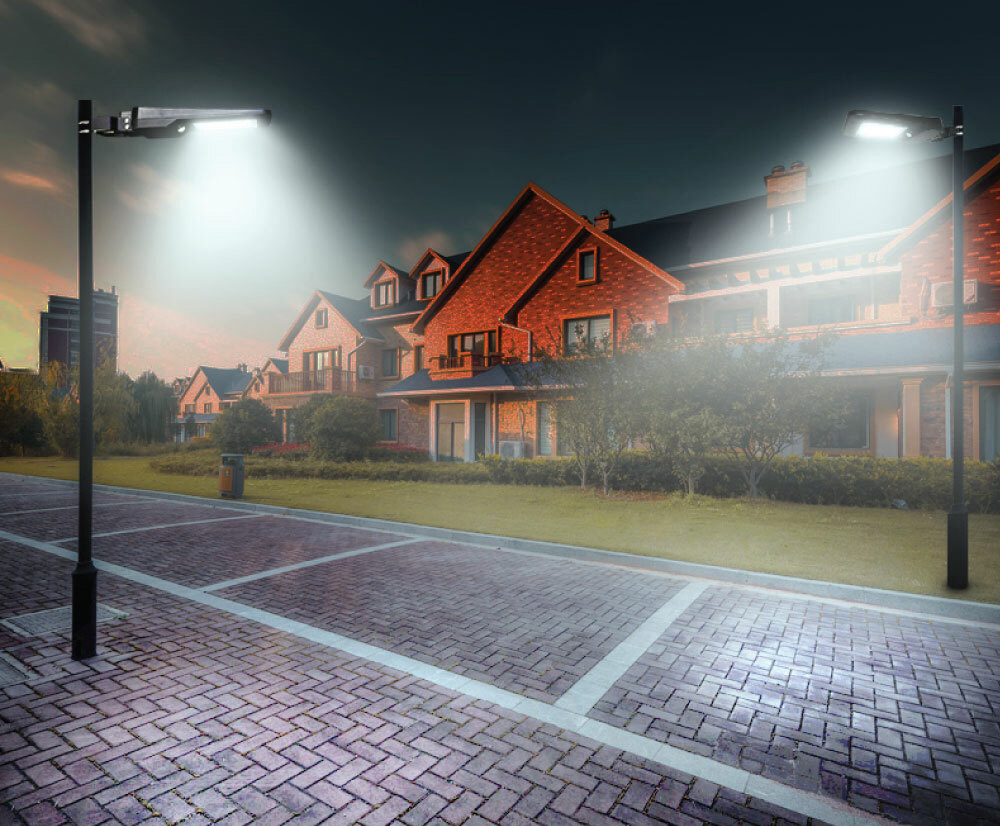 napelemes utcai világítás a pályához